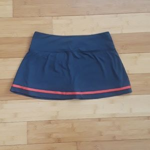 Nike Shorts - Nike tennis skirt